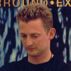Alex Winter - Bildurheber: By Danny Norton from Portland, OR, United States - Alex Winter and Spike Lee, CC BY 2.0, https://commons.wikimedia.org/w/index.php?curid=3599065