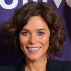 Anna Friel - Bildurheber: Von RedCarpetReport - http://www.flickr.com/photos/47170787@N05/16125179130/, CC BY-SA 2.0, https://commons.wikimedia.org/w/index.php?curid=38257793