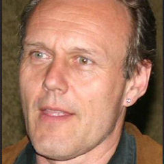 Anthony Stewart Head - Bildurheber: Von Raven Underwood - IMG_0338, CC BY 2.0, https://commons.wikimedia.org/w/index.php?curid=2547615