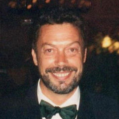Tim Curry - Bildurheber: Von photo by Alan Light, CC BY 2.0, https://commons.wikimedia.org/w/index.php?curid=2574320