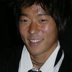 Aaron Yoo - Bildurheber: Von christopherharte - http://www.flickr.com/photos/chrisharte/2835133399/, CC BY-SA 2.0, https://commons.wikimedia.org/w/index.php?curid=5858135