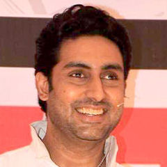 Abhishek Bachchan - Bildurheber: Von http://www.bollywoodhungama.com - http://www.bollywoodhungama.com/more/photos/view/stills/parties-and-events/id/1511163, CC BY 3.0, https://commons.wikimedia.org/w/index.php?curid=20429993