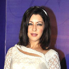 Aditi Govitrikar - Bildurheber: By Bollywood Hungama - http://www.bollywoodhungama.com/celebritymicro/images/id/18295/category/parties/type/view/imageid/1390526/, CC BY 3.0, https://commons.wikimedia.org/w/index.php?curid=17646069