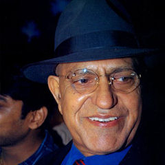 Amrish Puri - Bildurheber: Von IndiaFm/Bollywood Hungama - Bollywoodhungama.com, CC BY 3.0, https://commons.wikimedia.org/w/index.php?curid=8965116