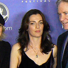 Ayelet Zurer - Bildurheber: Von sbclick - cropped version of SBIFF 2012 SBCLICK Darling Companion cast, CC BY 2.0, https://commons.wikimedia.org/w/index.php?curid=19013731