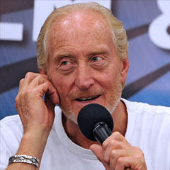 Charles Dance - Bildurheber: Von Alan Chang - https://www.flickr.com/photos/uberpixelphoto/7533959326/, CC BY-SA 2.0, https://commons.wikimedia.org/w/index.php?curid=33774116