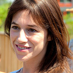 Charlotte Gainsbourg - Bildurheber: Von Charlotte_Gainsbourg_2010_c.jpg: Olivier Pacteau from Paris, Francederivative work: César (talk) - Charlotte_Gainsbourg_2010_c.jpg, CC BY 2.0, https://commons.wikimedia.org/w/index.php?curid=14816040