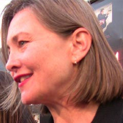 Cherry Jones - Bildurheber: By Kristin Dos Santos (Cherry Jones) [CC BY-SA 2.0 (http://creativecommons.org/licenses/by-sa/2.0)], via Wikimedia Commons