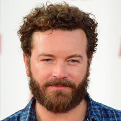 Danny Masterson - Bildurheber: Von Red Carpet Report on Mingle Media TV from Culver City, USA - Danny Masterson at the World Premiere of Marvel's Ant-Man #AntMan #AntManPremiere - DSC_0649, CC BY-SA 2.0, https://commons.wikimedia.org/w/index.php?curid=41315684