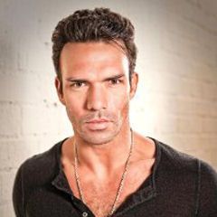 Darren Shahlavi - Bildurheber: By Source, Fair use, https://en.wikipedia.org/w/index.php?curid=47125186