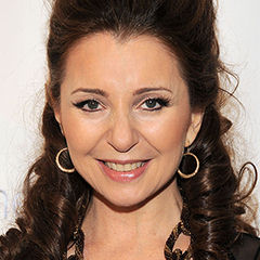 Donna Murphy - Bildurheber: Von Drama League - Flickr: Donna Murphy, CC BY 2.0, https://commons.wikimedia.org/w/index.php?curid=25261191