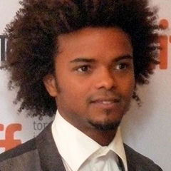 Eka Darville - Bildurheber: Von GabboT - Mr Pip 02, CC BY-SA 2.0, https://commons.wikimedia.org/w/index.php?curid=21965233