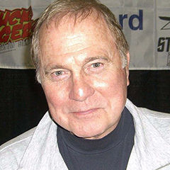 Gil Gerard - Bildurheber: Von Nightscream - Eigenes Werk, CC BY 3.0, https://commons.wikimedia.org/w/index.php?curid=8139788