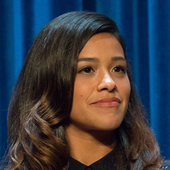 Gina Rodriguez - Bildurheber: Von Dominick D - https://www.flickr.com/photos/idominick/15021878979/, CC BY-SA 2.0, https://commons.wikimedia.org/w/index.php?curid=37834163