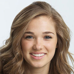 Haley Lu Richardson - Bildurheber: By David Siegel - Haley Lu Richardson, Public Domain, https://en.wikipedia.org/w/index.php?curid=42477012