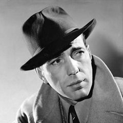 Humphrey Bogart - Bildurheber: Von Published by The Minneapolis Tribune-photo from Warner Bros. - eBayfrontback, Gemeinfrei, https://commons.wikimedia.org/w/index.php?curid=37858916