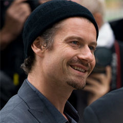 James Badge Dale - Bildurheber: Von Josh Jensen - originally posted to Flickr as James Badge Dale, CC BY-SA 2.0, https://commons.wikimedia.org/w/index.php?curid=11521042