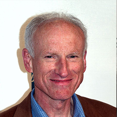 James Rebhorn - Bildurheber: Von David Shankbone - David Shankbone, CC BY 3.0, https://commons.wikimedia.org/w/index.php?curid=6689114