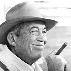 John Huston - Bildurheber: By Unknown - eBay, Public Domain, https://commons.wikimedia.org/w/index.php?curid=25758865