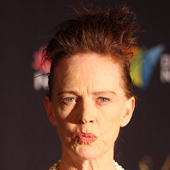 Judy Davis - Bildurheber: Von Eva Rinaldi - Judy Davis - Eye of The Storm, CC BY-SA 2.0, https://commons.wikimedia.org/w/index.php?curid=18251108