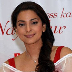 Juhi Chawla - Bildurheber: Von India FM/Bollywood Hungama - Bollywoodhungama.com, CC BY 3.0, https://commons.wikimedia.org/w/index.php?curid=8940463