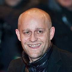 Jürgen Vogel - Bildurheber: Von Jürgen_Vogel_Berlinale_2010.jpg: Siebbiderivative work: Daryona (talk) - Jürgen_Vogel_Berlinale_2010.jpg, CC BY 3.0, https://commons.wikimedia.org/w/index.php?curid=11441294