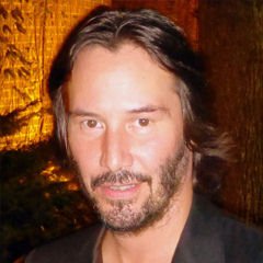 Keanu Reeves - Bildurheber: Von GabboT - Man of Tai Chi 07Uploaded by stemoc, CC BY-SA 2.0, https://commons.wikimedia.org/w/index.php?curid=28342785