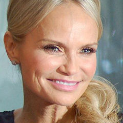 Kristin Chenoweth - Bildurheber: Von Angela George, CC BY-SA 3.0, https://commons.wikimedia.org/w/index.php?curid=23053195