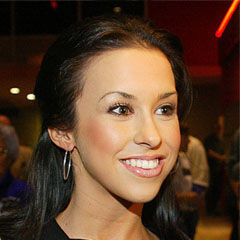 Lacey Chabert - Bildurheber: Von Sixsteps - HOMETOWN LEGEND PREMIERE, CC BY-SA 2.0, https://commons.wikimedia.org/w/index.php?curid=3876298