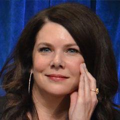 Lauren Graham - Bildurheber: Von Genevieve - Lauren Graham, CC BY 2.0, https://commons.wikimedia.org/w/index.php?curid=25042992
