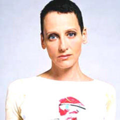 Lori Petty - Bildurheber: Von Samesies - Eigenes Werk taken in Venice studio, CC BY-SA 3.0, https://commons.wikimedia.org/w/index.php?curid=10864408