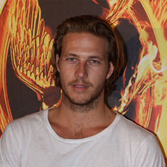 Luke Bracey - Bildurheber: Von Eva Rinaldi - Luke Bracey, CC BY-SA 2.0, https://commons.wikimedia.org/w/index.php?curid=18775176