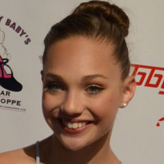 Maddie Ziegler - Bildurheber: By Red Carpet Report on Mingle Media TV from Culver City, USA [CC BY-SA 2.0 (https://creativecommons.org/licenses/by-sa/2.0)], via Wikimedia Commons