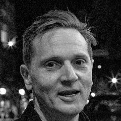 Matt Ross - Bildurheber: Von Richard Jacquot from Ashland, OR, USA - Captain Fantastic Writer & Director Matt Ross.jpg, CC BY-SA 2.0, https://commons.wikimedia.org/w/index.php?curid=52960732