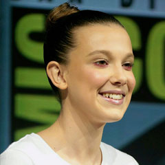 Millie Bobby Brown - Bildurheber: Von Gage Skidmore from Peoria, AZ, United States of America - Millie Bobby Brown, CC BY-SA 2.0, https://commons.wikimedia.org/w/index.php?curid=71193677