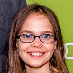 Oona Laurence - Bildurheber: Von Montclair Film Festival - https://www.flickr.com/photos/montclairfilmfest/17322557988/, CC BY 2.0, https://commons.wikimedia.org/w/index.php?curid=40127674