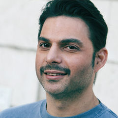 Peyman Moaadi - Bildurheber: By Mehdi Delkhasteh - Own work, CC BY-SA 3.0, https://commons.wikimedia.org/w/index.php?curid=26321347