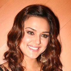 Preity Zinta - Bildurheber: Von IndiaFM - Preity Zinta at the Jaan-E-Mann and UFO tie-up party, CC BY 3.0, https://commons.wikimedia.org/w/index.php?curid=3873862