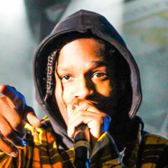 Rakim Mayers - Bildurheber: Von Chad Cooper - Flickr: A$AP Rocky, CC BY 2.0, https://commons.wikimedia.org/w/index.php?curid=31824805