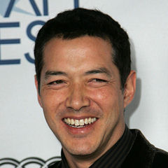 Russell Wong - Bildurheber: Von Gordon Vasquez - Flickr: Russell Wong, AFI Film Festival Los Angeles 2009, CC BY 2.0, https://commons.wikimedia.org/w/index.php?curid=22344025