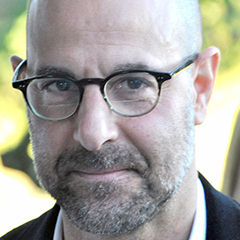 Stanley Tucci - Bildurheber: Von Nick Step - Stanley Tucci, CC BY 2.0, https://commons.wikimedia.org/w/index.php?curid=17823376