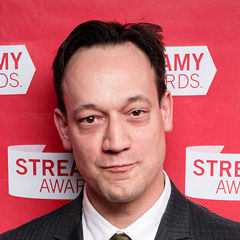 Ted Raimi - Bildurheber: Von The Bui Brothers - Flickr: Streamy Awards Photo 1275, CC BY 2.0, https://commons.wikimedia.org/w/index.php?curid=24749128