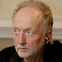 Tobin Bell - Bildurheber: Von rokphotoz - http://www.flickr.com/photos/67529217@N00/396124917/, CC BY-SA 3.0, https://commons.wikimedia.org/w/index.php?curid=1753203
