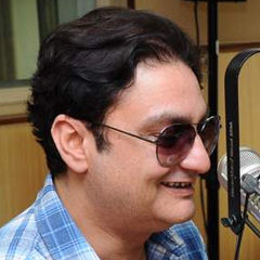 Vinay Pathak - Bildurheber: By www.filmitadka.in, CC BY-SA 3.0, https://commons.wikimedia.org/w/index.php?curid=16207259