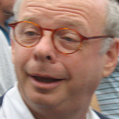 Wallace Shawn - Bildurheber: Von Sam Felder - Flickr, CC BY-SA 2.0, https://commons.wikimedia.org/w/index.php?curid=2919971