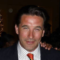 William Baldwin - Bildurheber: Von Greg Hernandez - http://www.flickr.com/photos/greginhollywood/3320318275/, CC BY 2.0, https://commons.wikimedia.org/w/index.php?curid=31250557