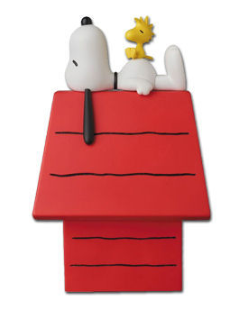 Peanuts - Snoopy & Woodstock on Doghouse
