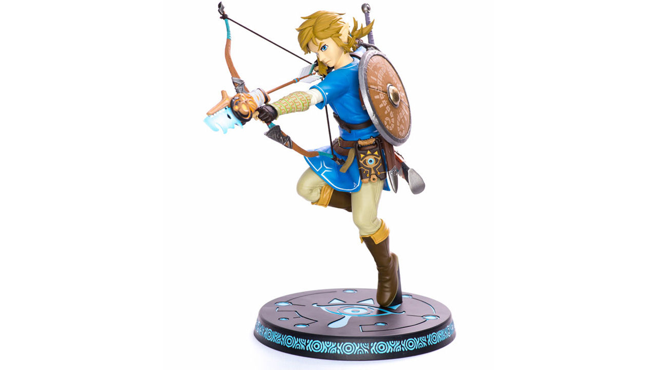 "Screenshot ""The Legend of Zelda: Breath of the Wild - Link (First 4 Figures)"""