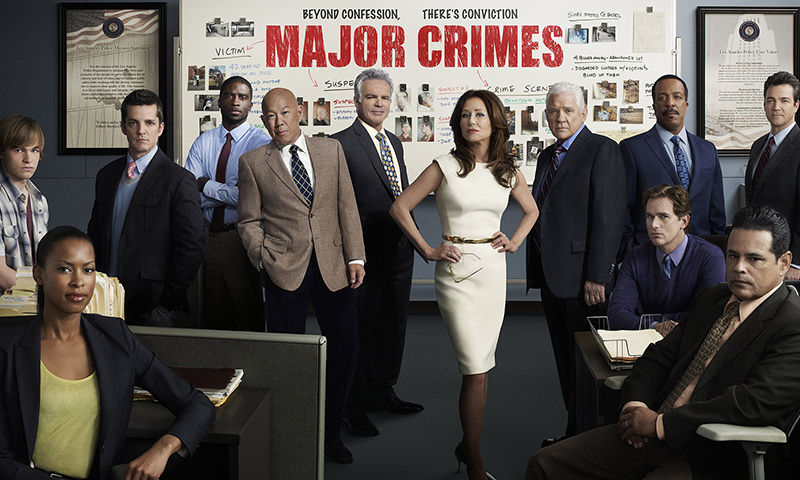 "Screenshot ""Major Crimes: Staffel 2 Box (4 DVDs)"""